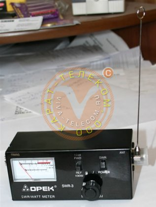 Прибор для измерения напряженности электромагнитного поля SWR-3.
